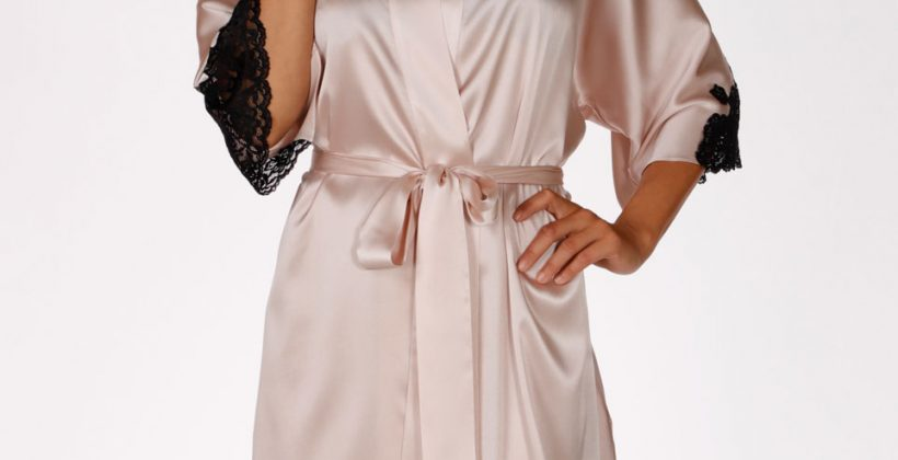short robe, short silk robe, silk robe, christine lingerie, made in canada, silk lingerie